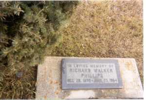 Headstone, Richard Phillips, Magnet, MB. 2007
