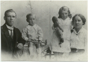 sam,jeannie,mary&jim age 3, 1917